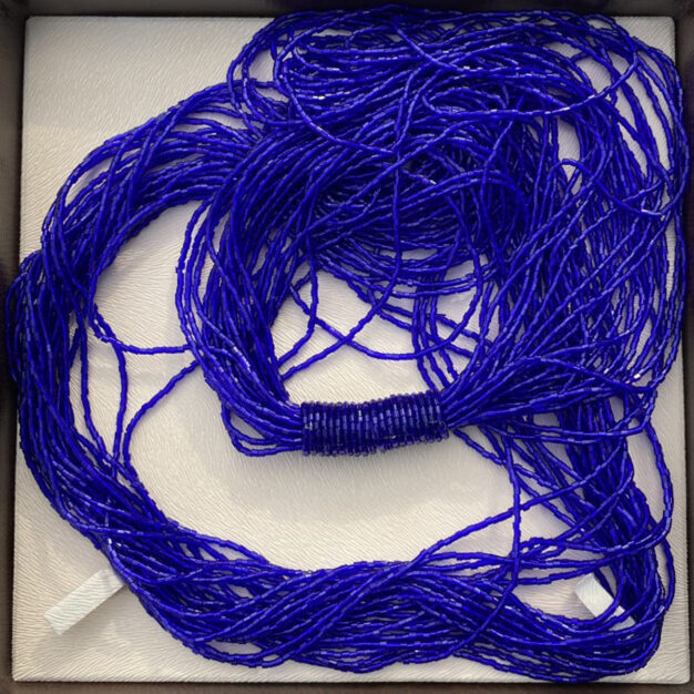 Long Shiny Scarf Necklace In Electric Blue